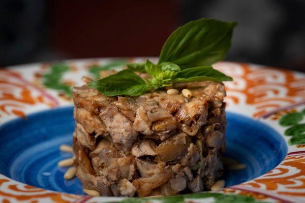 ricetta caponata di pesce azzurro con ingredienti slow food